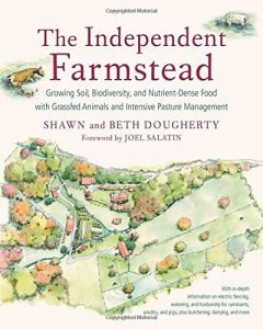 Front cover of The Independent Farmstead book